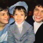 Una de las pocas imágenes de Alejandro, Sergio y Luis Miguel juntos