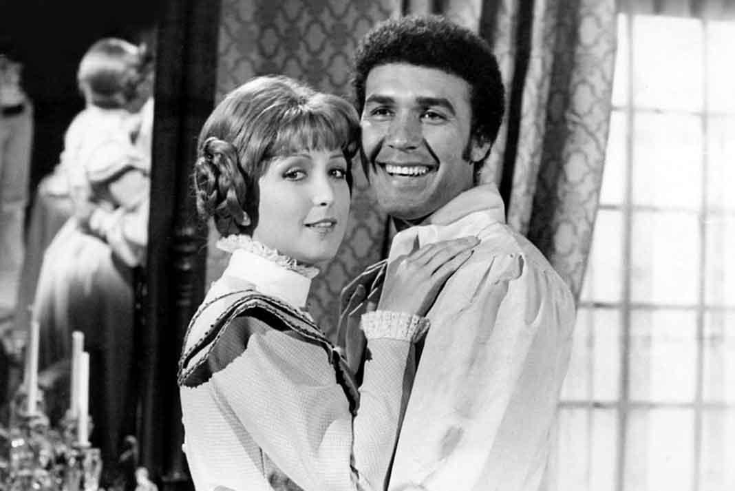 """Con Martín Cortés cuando hicieron la telenovela """"Corazón Salvaje"""" en 1977"""