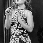 ¿Quién no la recuerda cantando sus canciones en la década de los 70's?