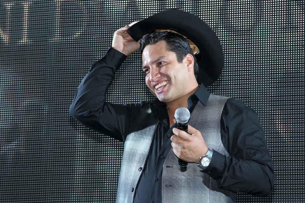 La música de Julión Álvarez fue eliminada de todas las plataformas digitales