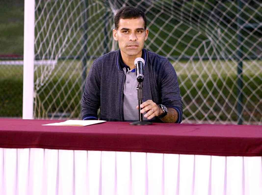 El futbolista negó tener vínculos con el narco ante la prensa en las instalaciones del club Atlas