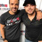 Luis Fonsi y Gerardo Ortiz, ambos respondieron a las llamadas de la gente desde los estudios de la ABC en Times Square