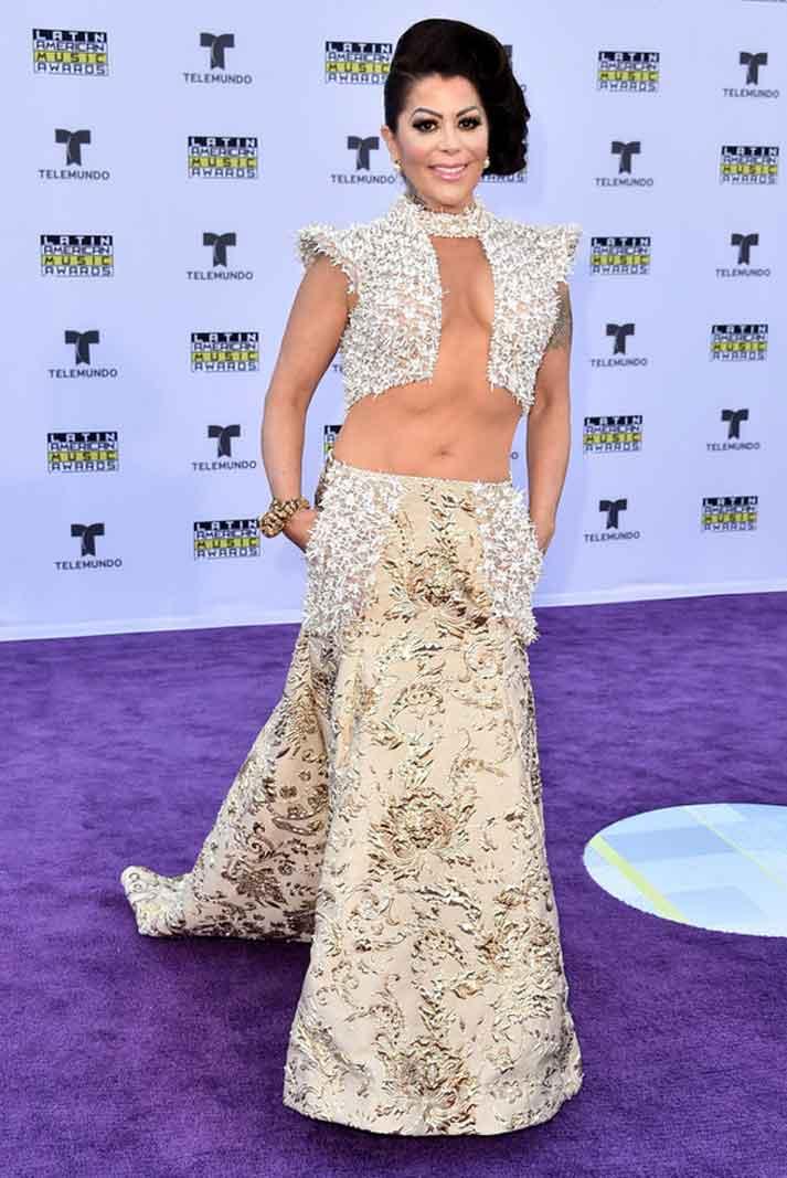 Alejandra Guzmán siempre siempre siempre nos sorprende en las alfombras
