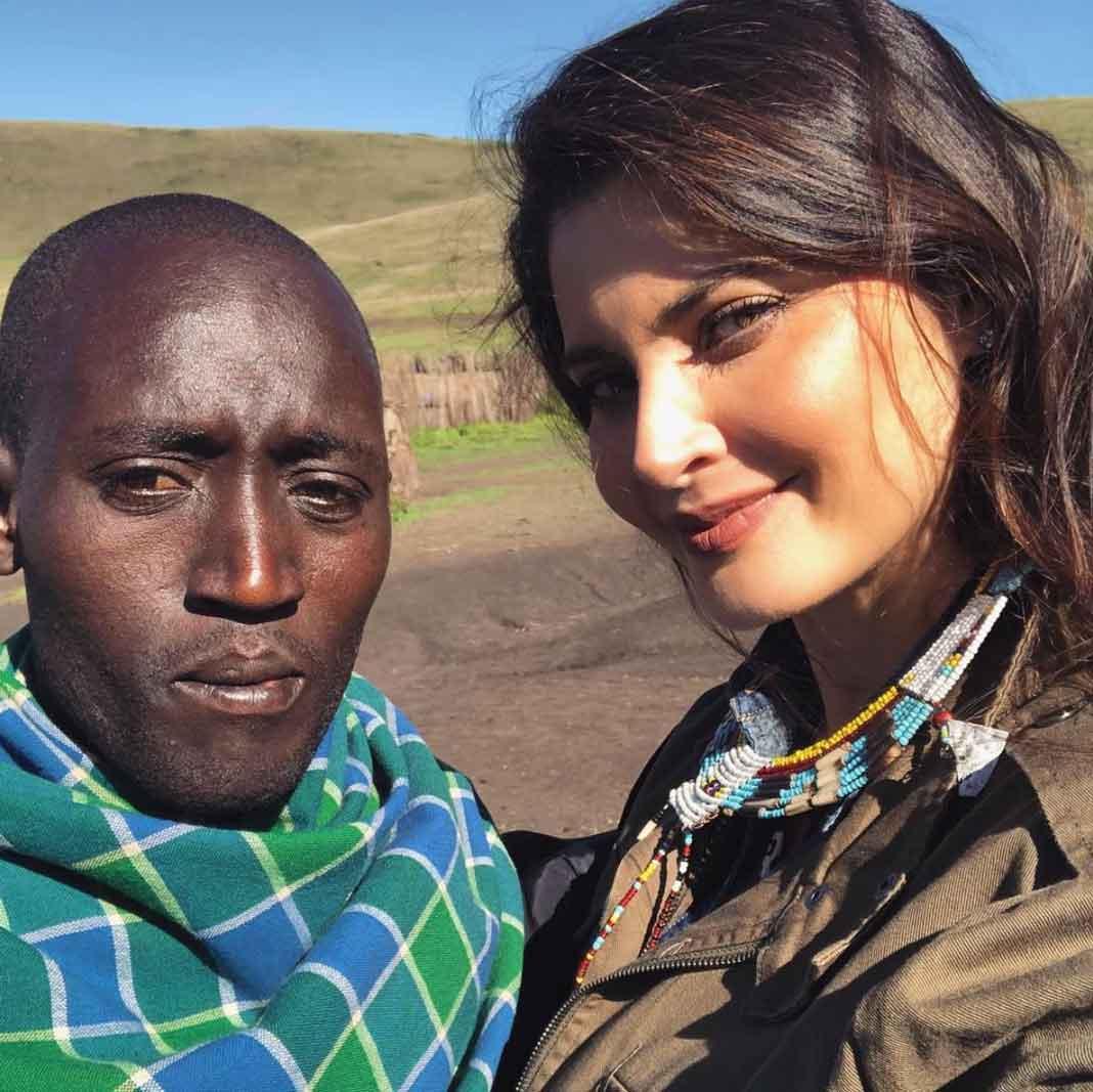 Dijo que está haciendo nuevos amigos en la tribu masai