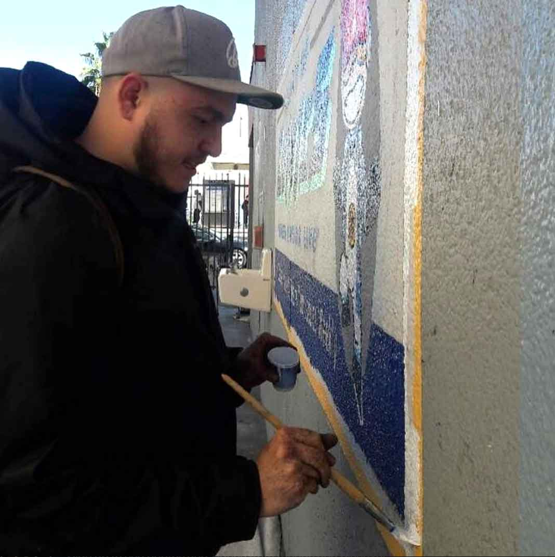 El hijo de Jenni tiene talento para la pintura