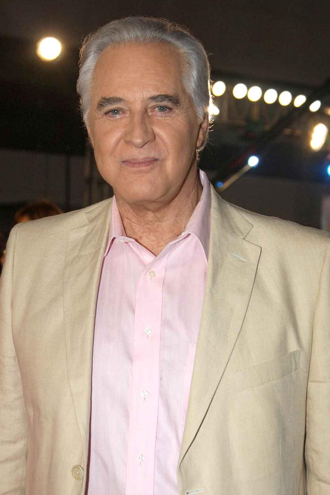 El actor tenía 81 años y fue uno de los galanes más queridos de su generación