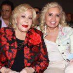 Silvia Pinal y la productora Carla Estrada en la misa por el inicio de grabaciones de la serie