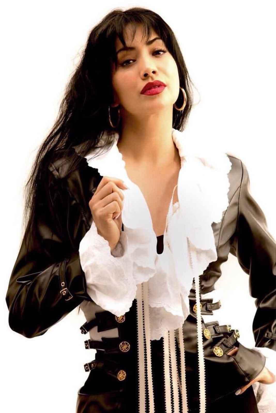Selena Quintanilla fue interpretada en la pantalla grande por J.Lo en 1997