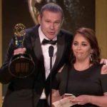 """Alan Tacher y Gilcia Máquez, una de las productoras de """"Despierta América"""" recibieron el premio"""