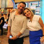 Con mi querido ex-jefe Víctor Santiago, productor general de