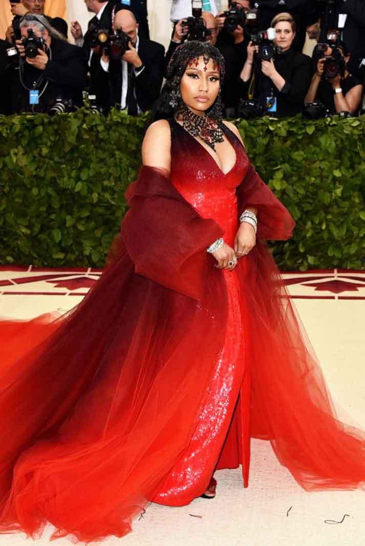 Confieso que esperaba que Nicki Minaj fuera más alocada, pero hasta eso, se ve mejor ocultando su trasero