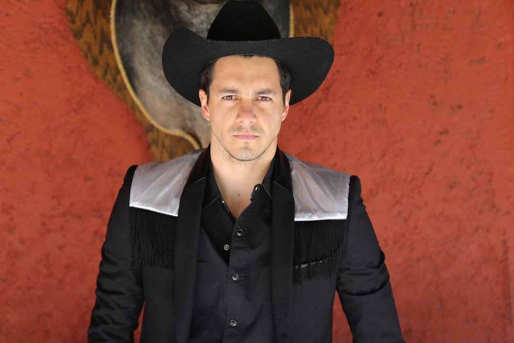 """Carlos trabajó recientemente en la telenovela """"La Doble Vida de Estela Carrillo"""""""