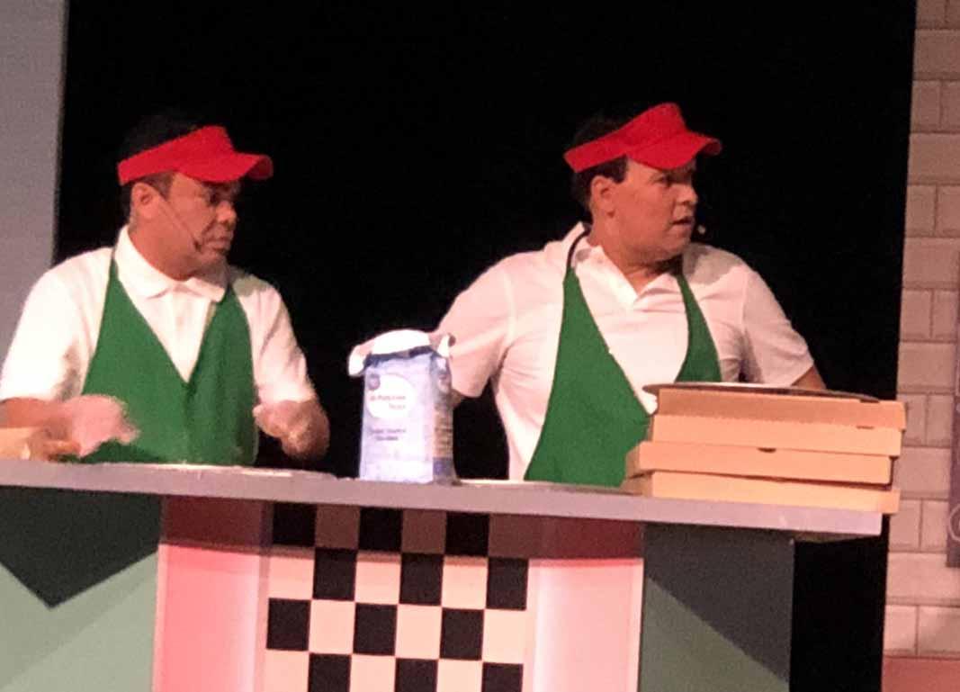 ¿Qué estarán haciendo en una pizzería Oscar Petit y Rauli?