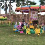 Había sillas voladoras para los niños invitados