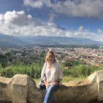 Desde el Cerro de la Cruz se ve todo Antigua y el Volcán del Agua