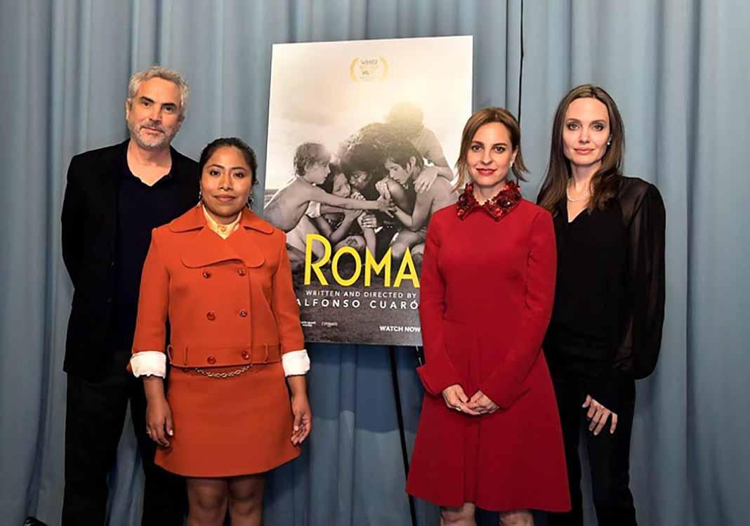 Angelina Jolie vio con Alfonso Cuarón, Yalitza Aparicio y Marina de Tavira una de las proyecciones de