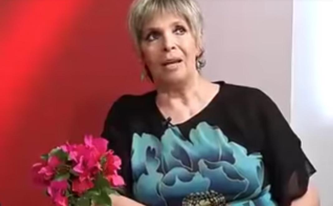 Thelma Tixou