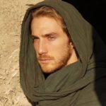 Eugenio Siller, que la hizo del apóstol Juan, se veía guapísimo con túnicas y vestimenta de la época