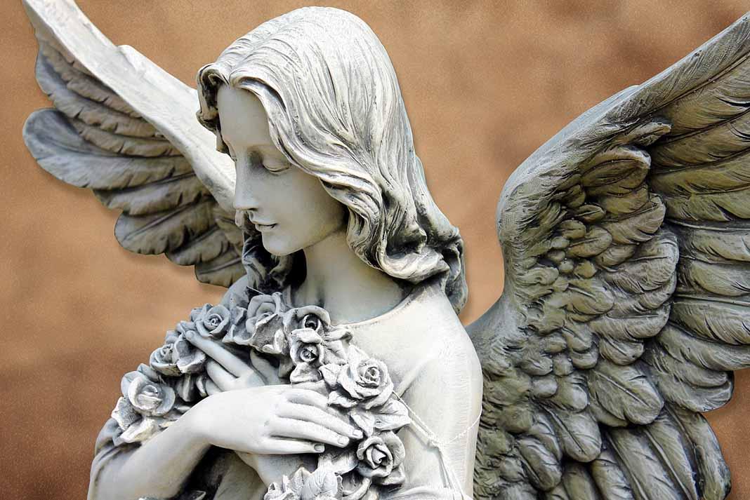 El ángel del deseo te ayuda a que todo lo que pienses y sientas de corazón