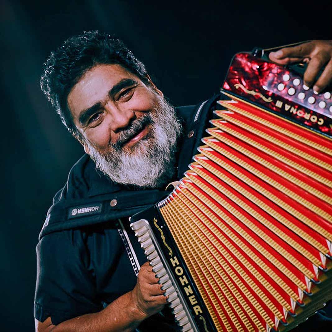 Celso Piña, uno de los grandes acordeonistas que ha dado México