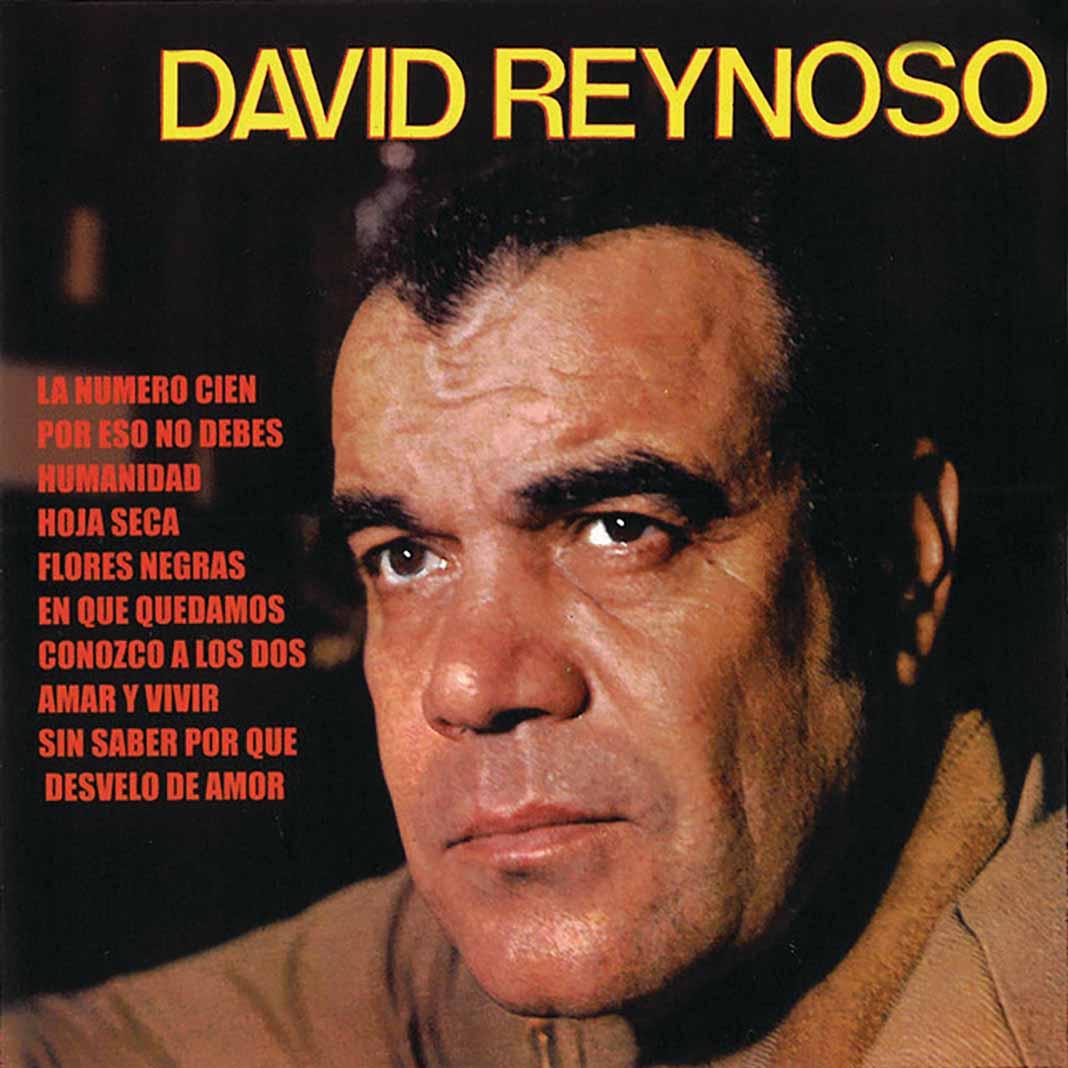 Él es hijo del actor y cantante David Reynoso, una figura del cine mexicano