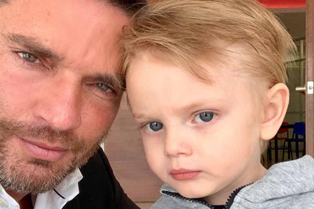 Julián Gil vio a su hijo luego de un año