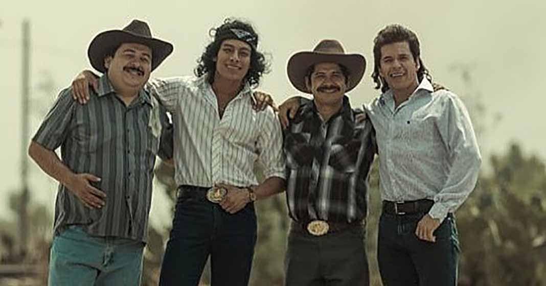 El cuarteto es interpretado en la serie por Luis Alberti (Lupe), Raúl Sandoval (Ramiro), Yigael Yadin (