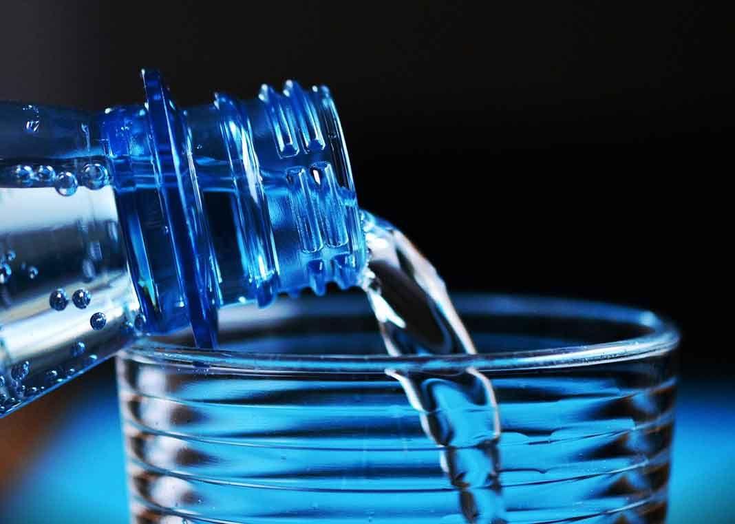 Adelgaza tomando agua