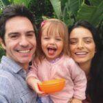 Mauricio Ochmann compartió esta bella foto en familia, pera felicitar a Aislinn en medio de su separación como pareja