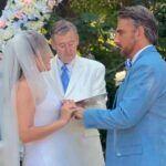 Como no encontraban lugar dónde casarse, el juez les prestó el jardín de su casa