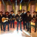 El grupo afirmó que sus integrantes no se contagiaron en un concierto, sino durante su tiempo libre