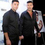 Ricky Martin y su esposo sirio Jwan Yosef, asistiendo a un evento de una revista de Miami