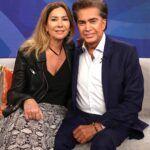 El cantante José Luis Rodríguez y su guapa esposa Carolina Pérez, de 52 años, se casaron en 1996 en Miami