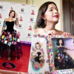 El vestido de la muñeca fue recreado a la perfección por la compañía de juguetes