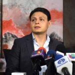 Ricardo González dijo que le consta que Giovanni Medina le permite a Ninel ver a su hijo